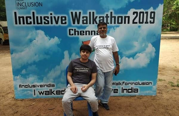 Zoyeb_and_his_Dad_at_India_Inclusive_Walkathon_(1)