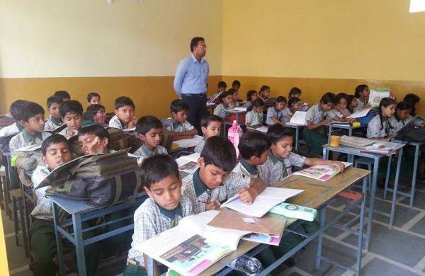 Classroom,_Saint_Umar_Inter_College_Jhansi