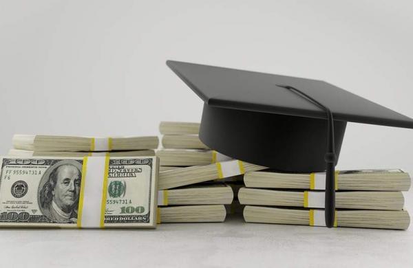 student_loan_pixa