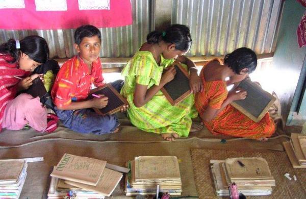 Children_in_rural_school
