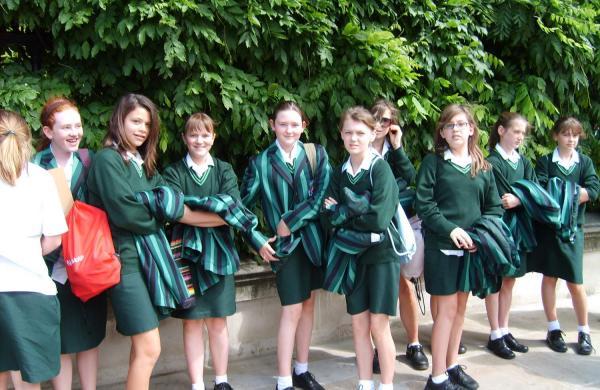 School_uniforms_GBR