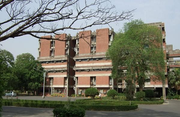 A_building_at_IIT_Kanpur